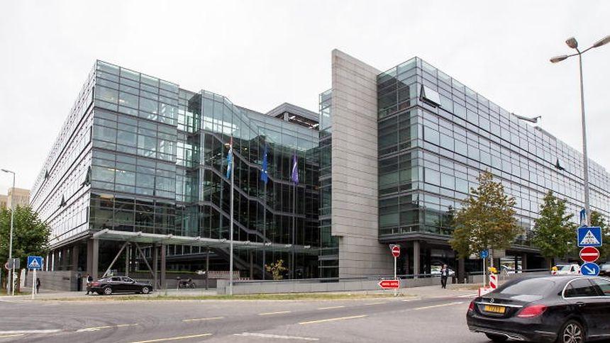 Chamber of commerce hosts recruitment fair for law for Chamber of commerce luxembourg