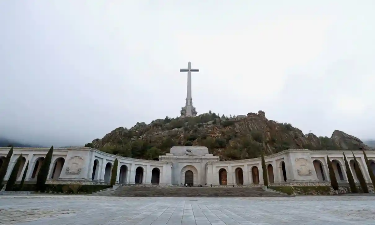 Screenshot_2020-09-15 Spain plans to turn Franco's grave site into civil cemetery